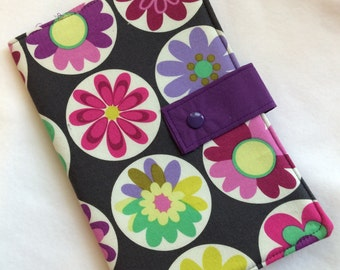Daisy Buttons Pattern Buddy Pattern Wallet