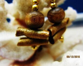 """1960's Genuine Vintage Glowing Honey Amber Brown warm tones Golden  Sponge Coral Earrings 1.5"""" inch +"""