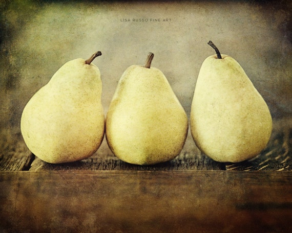 Rustic Autumn Pears, Brown Kitchen Decor, Fall Decor, Food Photography, Yellow, Pear Still Life, Pear Picture, Kitchen Picture, Rustic Decor