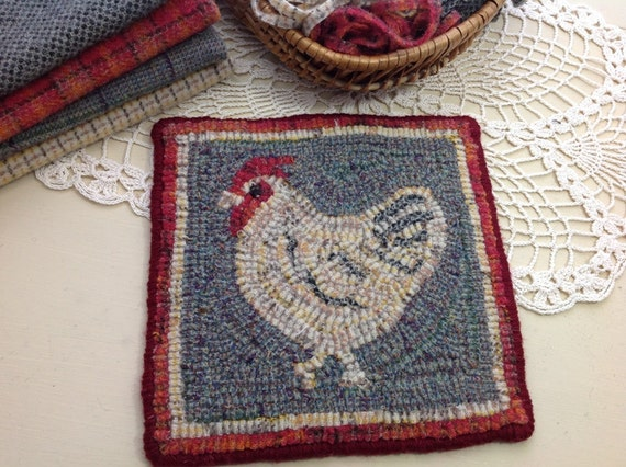 "Rug Hooking KIT, ""Chicken Mat"", 8"" x 8"", K101, DIY rug hook kit, folk art chicken"