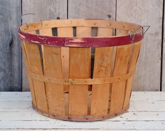 Split Wood Bushel Basket Vintage Orchard Apple Basket Red Natural Farm Produce Rustic Primitive Storage Decor Laundry