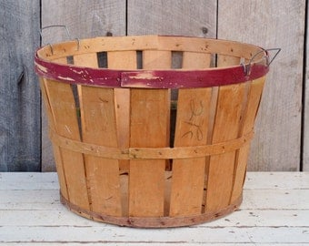 Split Wood Bushel Basket Vintage Orchard Apple Basket Red Natural Farm Produce Rustic Primitive Storage Decor Laundry