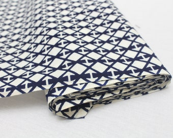 Japanese Vintage Indigo Yukata Cotton. Full Fabric Bolt for Traditional Clothing. Indigo Blue White Geometric (Ref: 1607)