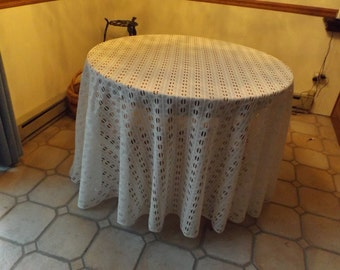 """100"""" Huge white round tablecloth  lace tablecloth, New old stock.Gift.big family.Privet collection"""