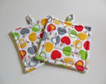 Pair of Apple Potholders in Reds, Grays, Yellow and Apple Green Potholders, Set of Two Quilted Potholders