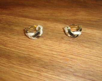 vintage clip on earrings goldtone black white enamel braid