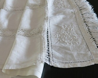 Ivory Homespun Linen Runner Bedfordshire Cluny Lace Inserts 71 Inches Long 90b