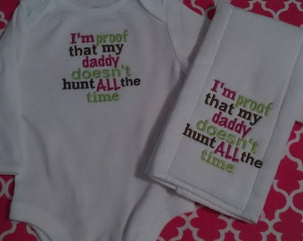 Hunting Baby Bodysuit and Burp Cloth set, baby bodysuit and burp cloth set