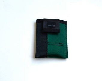 Minimalist Wallet in Green and Black - Front Pocket Wallet - Vegan Seatbelt Wallet - Small Credit Card Holder