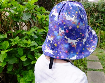 Reversible Tulip Hat, Size 50 (2 Y - 3 Y),Unicorn