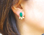 14k Solid gold: Green onyx wire wrapped cluster studs earrings