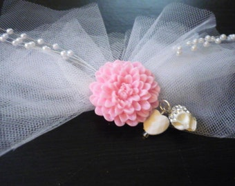 Lace Bow w/ Skull and Heart Charms