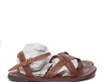 10 | Women's Tooled Leather Sandal Market Sandal Summer Strappy Flats