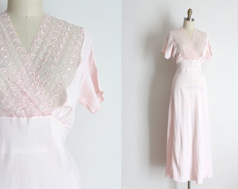 CLEARANCE vintage 1930s slip // 30s pink lingerie gown