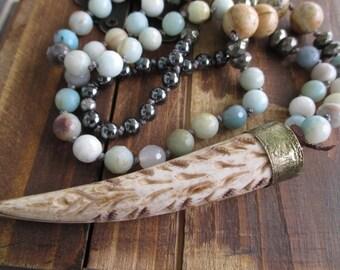 Long knotted stone horn necklace - Safari - semi precious stone earthy rustic natural boho chic by slashKnots