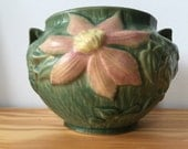 Vintage ROSEVILLE Pottery CLEMATIS Green #667-4 Jardiniere