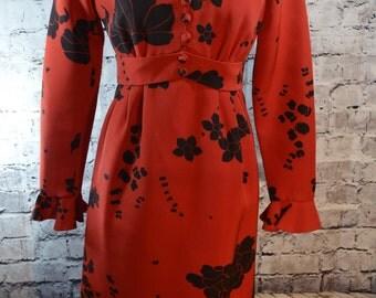 vintage 1960s Young Quinlan mod red black floral dress-