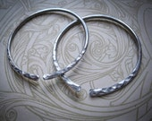12g Lightweight Hoops in Aluminium for Stretched Ears