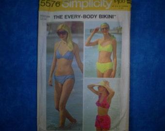 Simplicity 5570 Miss Size Med 12-14 Bikini.