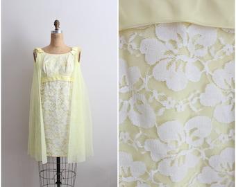 60s Mod Cape Sunshine Lace Mini Dress / 1960s Mini Dress / Size XS/S