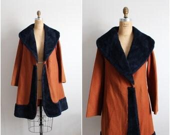 50s Mod Princess Coat / 1960s Coat / Collar Coat / Size S/M