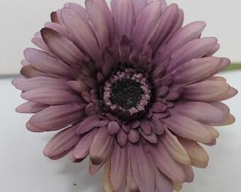Lavender Silk Daisy / Silk Florals / Silk Flowers / Crafting Flowers / Artificial Flowers / DIY Hair Flowers / Wedding Flowers / Lavender