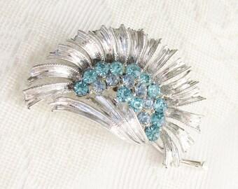 Vintage Blue Rhinestone Flower Brooch Silver Setting 1960s