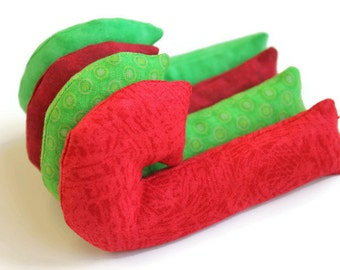 Red & Green Candy Cane Shaped Bean Bags (set of 4) Lime Rice-filled Bean Bags Crimson Christmas Ornament Gift - US Shipping Included