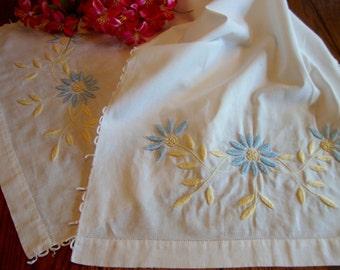 Embroidered Dresser Scarf Vintage Table Runner Floral Embroidery