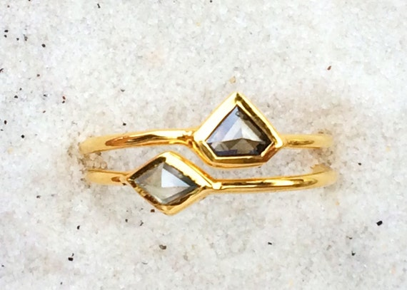 Diamond wedding set in solid 18k gold