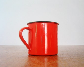 Mid Century Enamel Finel Style Cup / Mug - Red / White