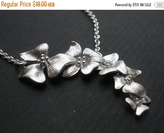 SALE Flower Necklace, Orchid Necklace, Lariat Style Necklace, Five Orchid, Bridesmaid Gift, Bridesmaid Necklace, Bridesmaid Jewelry, Silver