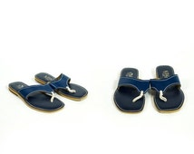 PRE-SUMMER CLEARANCE Vintage 1960s or 1970s Navy Blue Leather White Rope Top Stitch Flip Flops Size 8.5 9 9.5