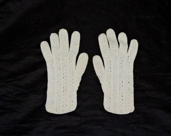 Vintage Cream White Crochet Gloves Handmade Ladies S 1940s 50s Elegant Fashion