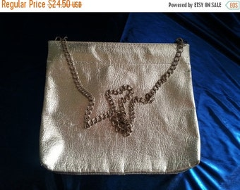 Christmas In July Sale Cute Vintage Clutch Shiny Silver 1950's 1960's Old Hollywood Glam * Retro Rockabilly Accessories