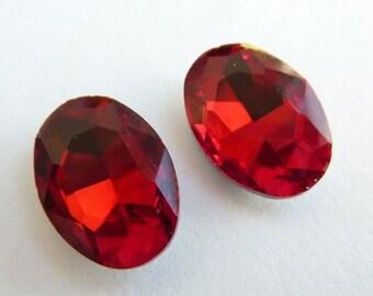 2 glass jewels, 14x10mm, siam red, oval