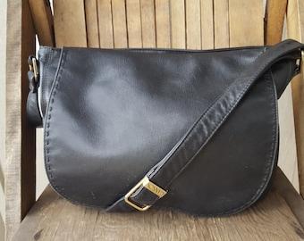 STITCH   ///     Leather Satchel