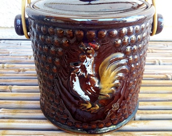 Crowing Rooster  Cookie Cracker Jar Macaroons Country Kitchen  Fenton Style or Metlox Poppytrail Handled