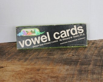 Vintage Dolch Vowel Flash Cards Group Size Phonics Cards 1978 Garrard Publishing Company