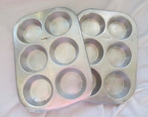 Vintage Supreme aluminum muffin pan (2 available) / 6 cup muffin pan / Supreme muffin pan