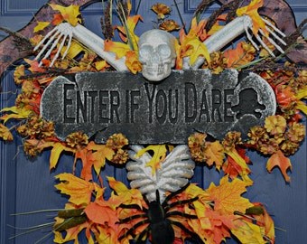 Halloween Skeleton Wreath , Spooky Skull Wreath , Halloween Wreaths For Front Door , Home Decor ,Wreath For Halloween , Scary Wreaths , Fall
