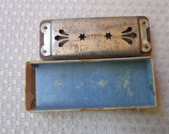 M. Hohner's Trutone Pitch Pipe No. D4 Harmonica
