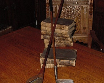 Vintage Cabin Lodge Office 1927 Spaulding Bros Hickory Iron & Scotish Berwick Wood Collector Golf Club Set For Display