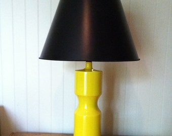 Mid Century Modern Yellow Ceramic Lamp with wood base.