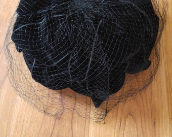 50s black velvet cage hat with scalloped edges and net, union made.