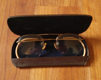 30s octagonal / round Bausch and Lomb reading spectacles with box