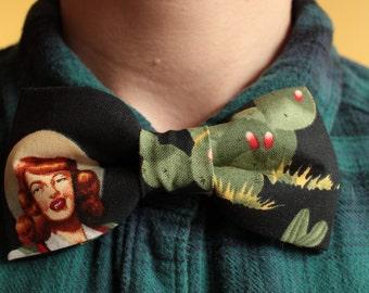 Kitsch Cowgirl Cactus Bowtie / Bow tie - retro, cowboy, Western, rodeo