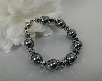 Gray Pearl Chunky Bracelet