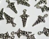 10 Caduceus Charms medical pendant antique silver 23x12mm PA12097