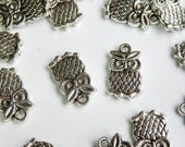 10 Wise Old Owl Bird Charms antique silver 19x10mm PA14926
